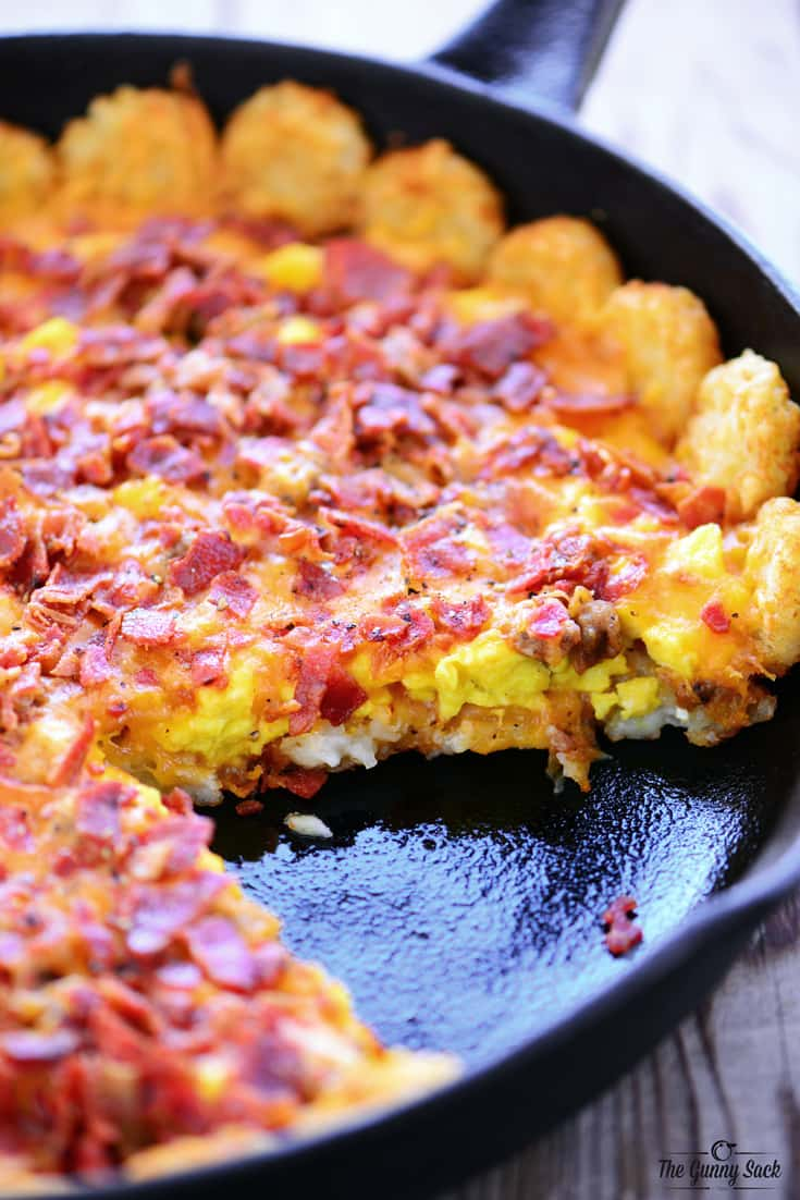 Tater Tot Breakfast Pizza Recipe