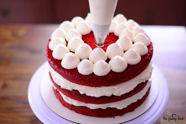 Delicious Cream Cheese Frosting For Red Velvet Cake