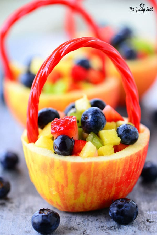 Apple fruit baskets the gunny sack this fun apple fruit basket recipe is a great way to make a healthy easter basket negle Images