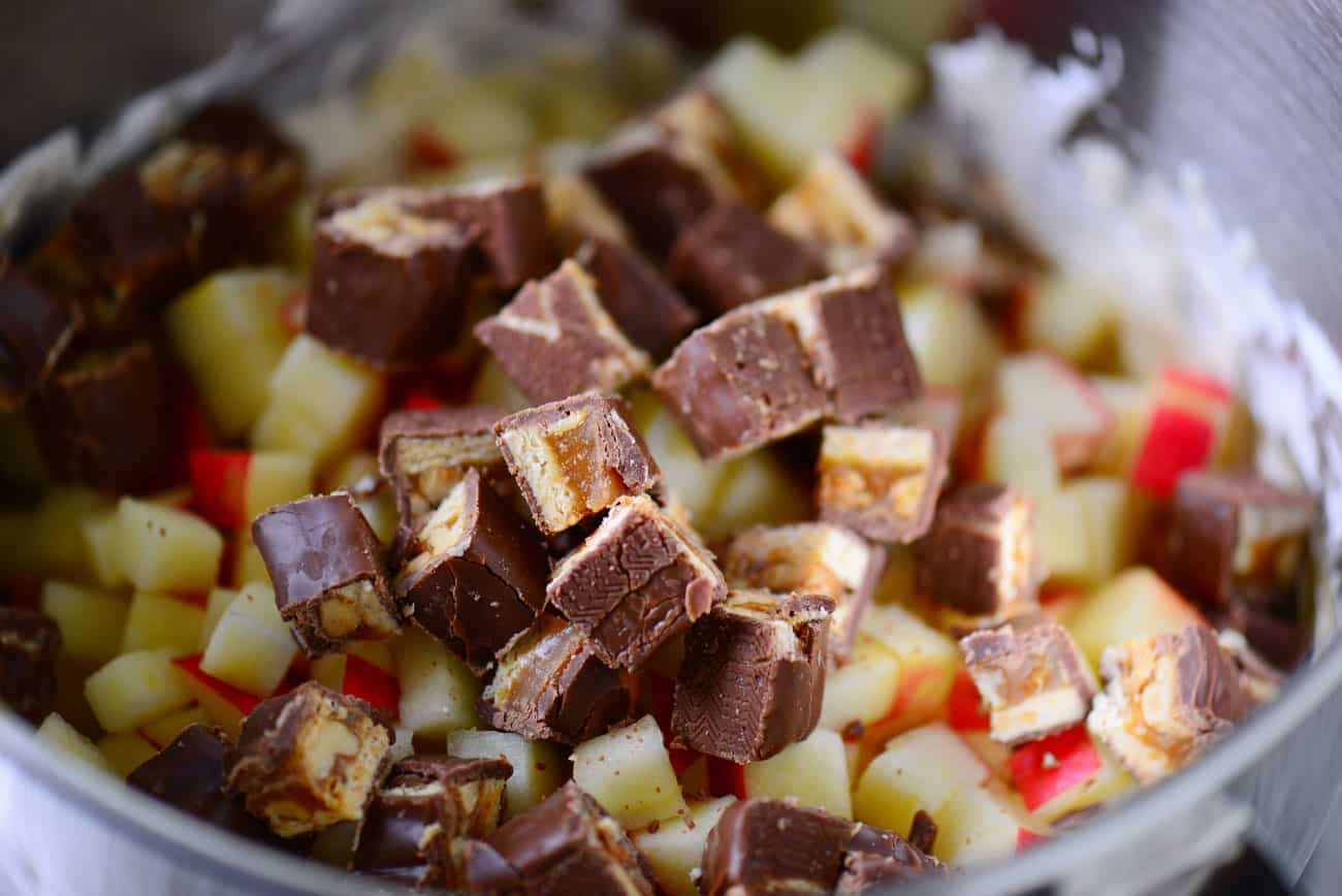 snickers and apples chopped up