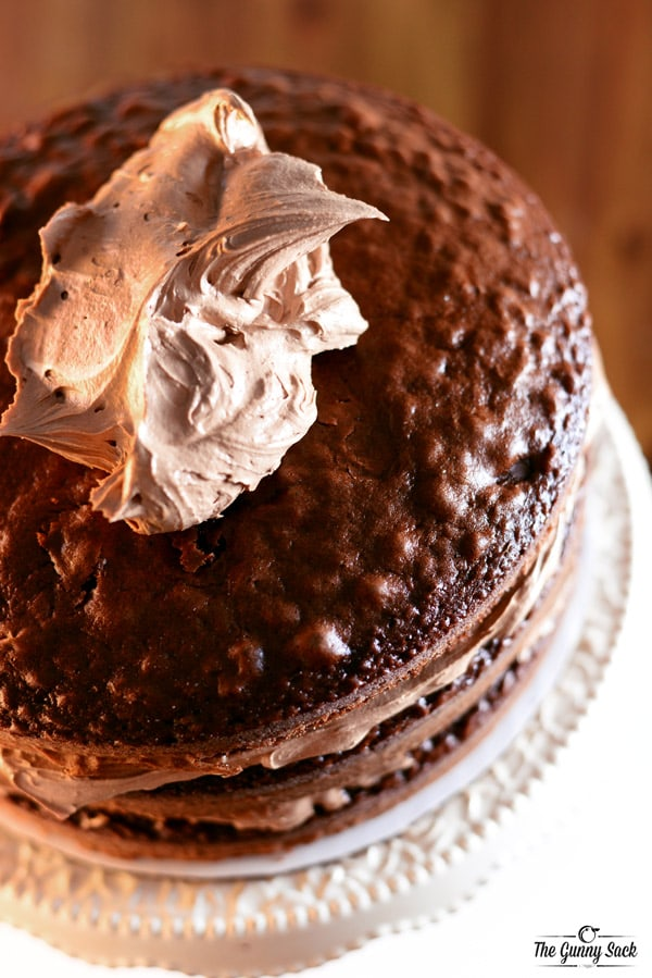 How To Frost A Chocolate Layer Cake