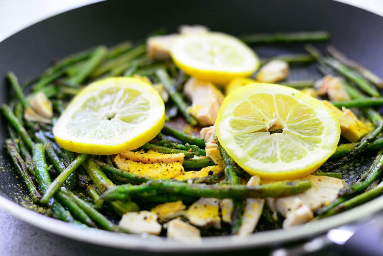 Lemon Pepper Chicken with Asparagus