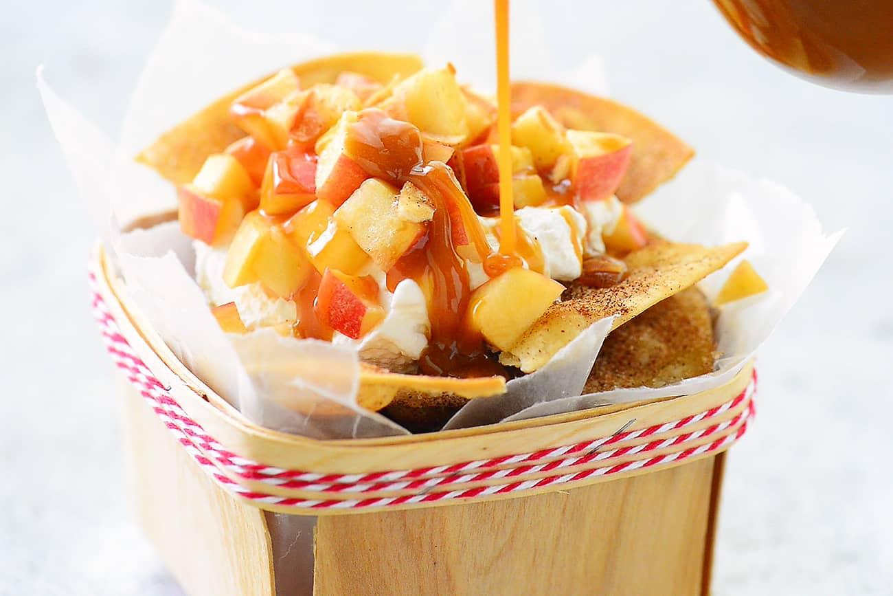 apple nachos with caramel