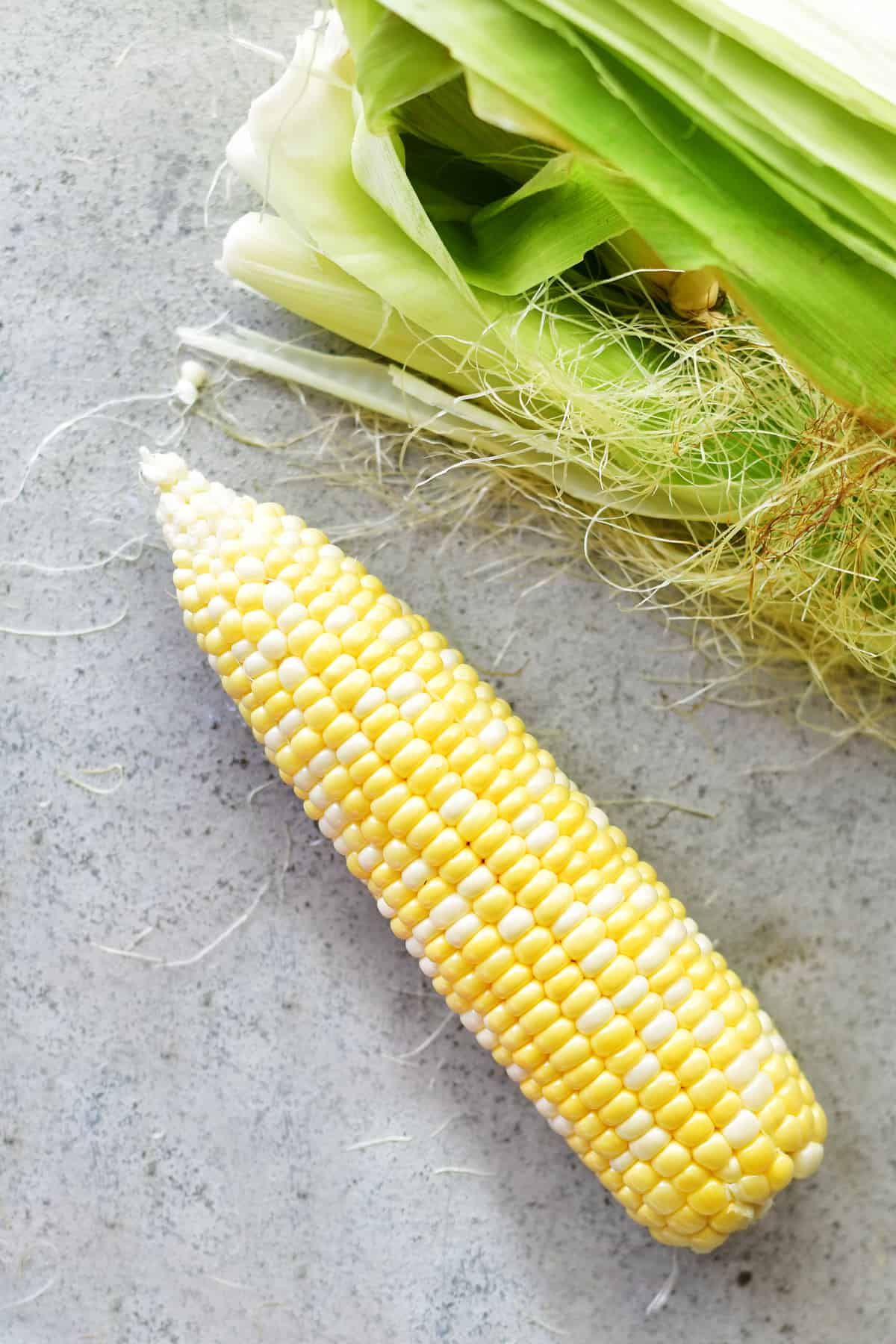 peeled corn on the cob