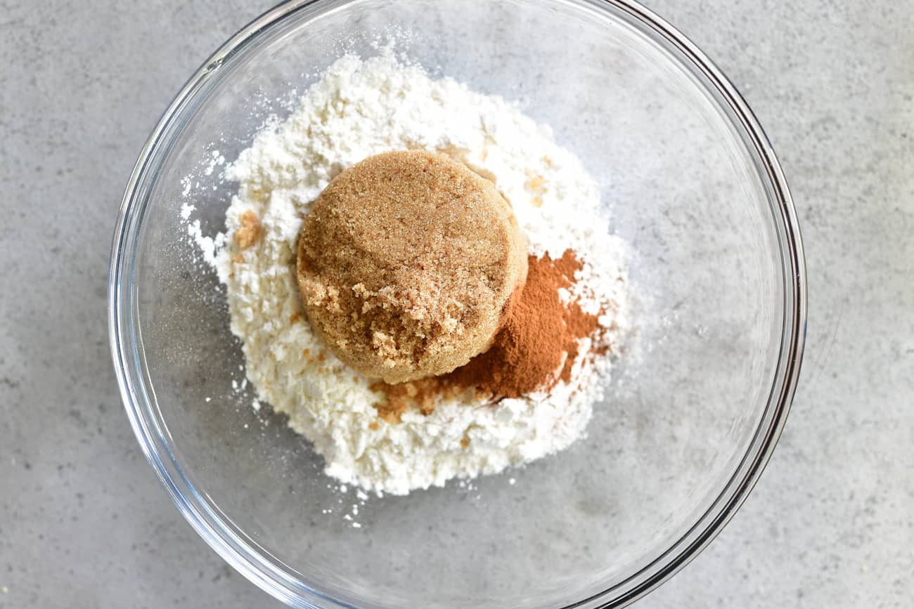 sugar mixture for apple cinnamon french toast casserole