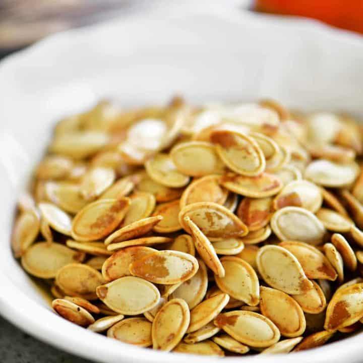 seasoned salt roasted pumpkin seeds