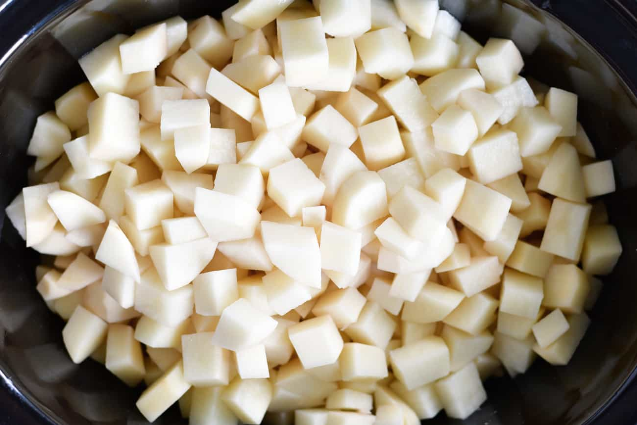 diced potatoes in slow cooker for mashed potoatoes
