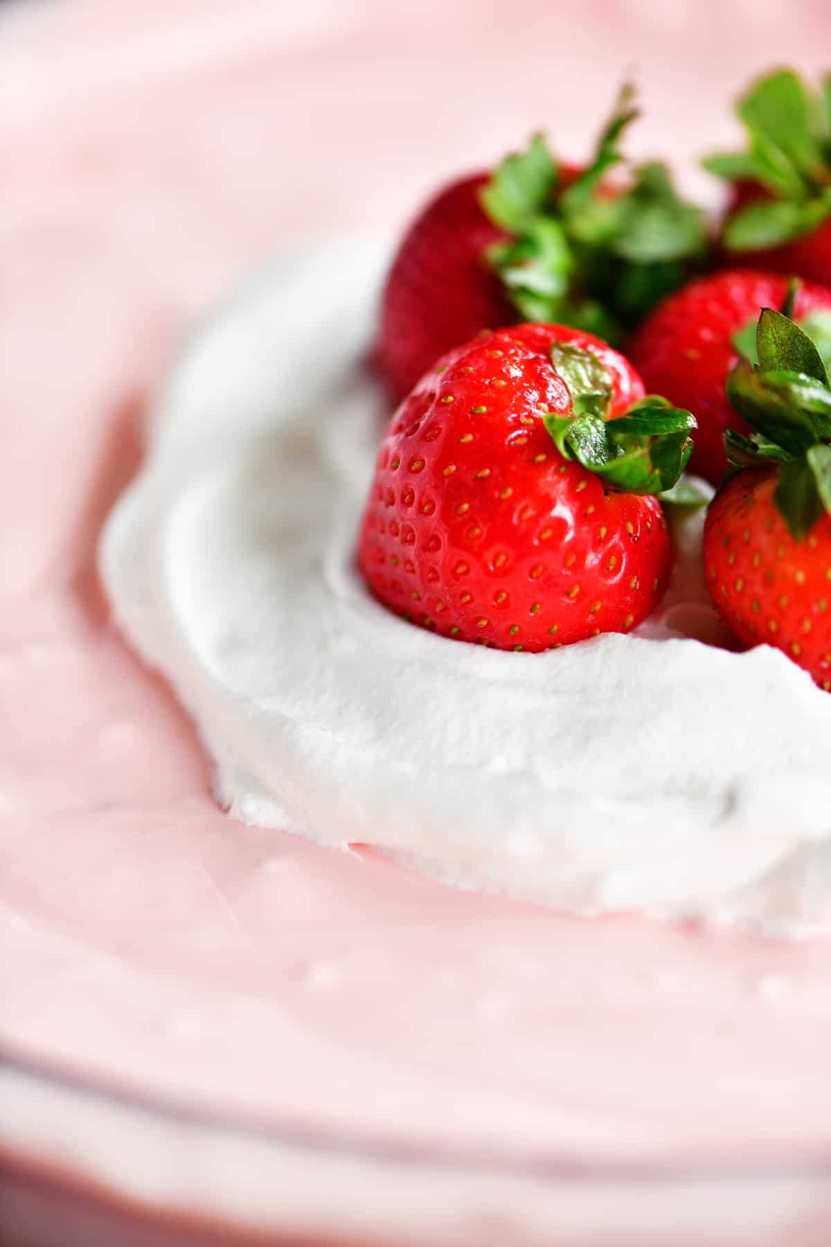fluffy strawberry jello salad