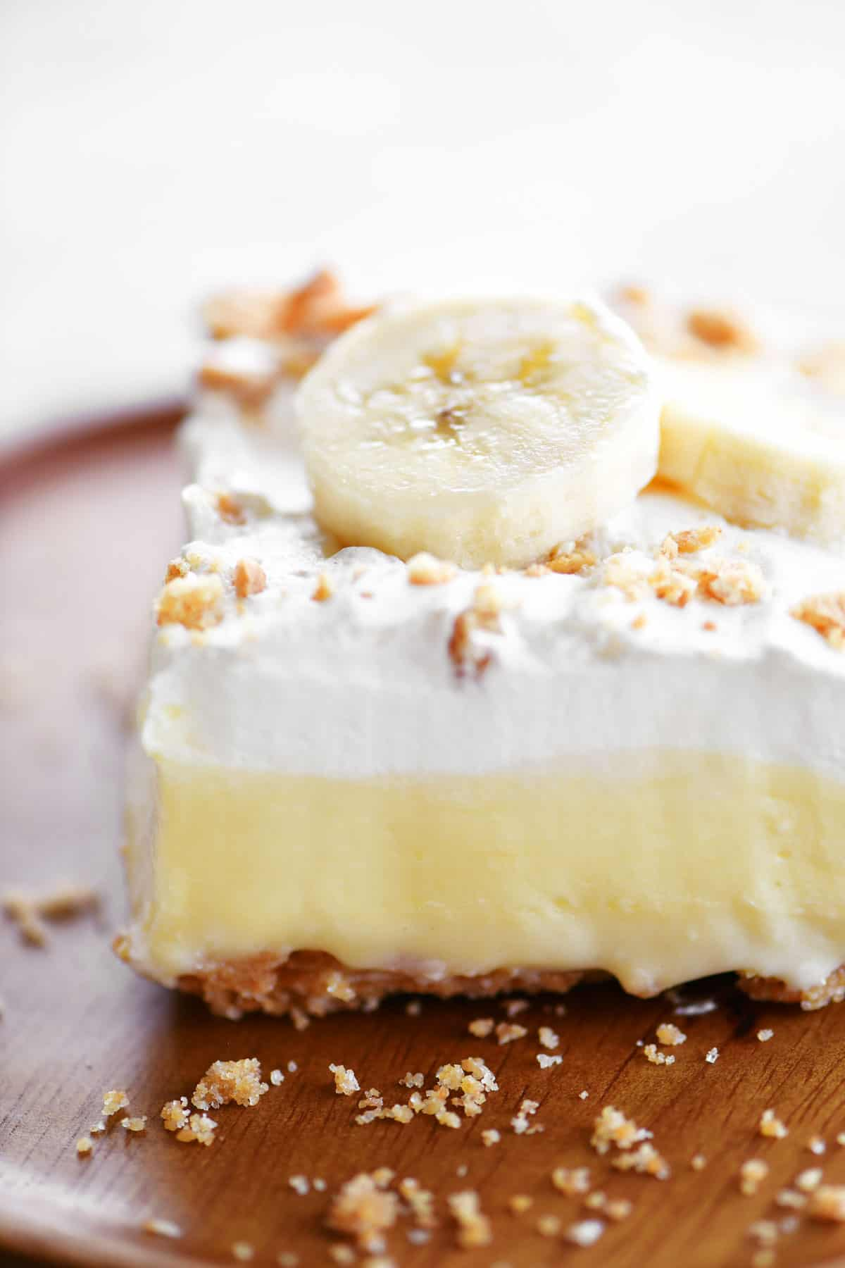 slice of banana cheesecake dessert