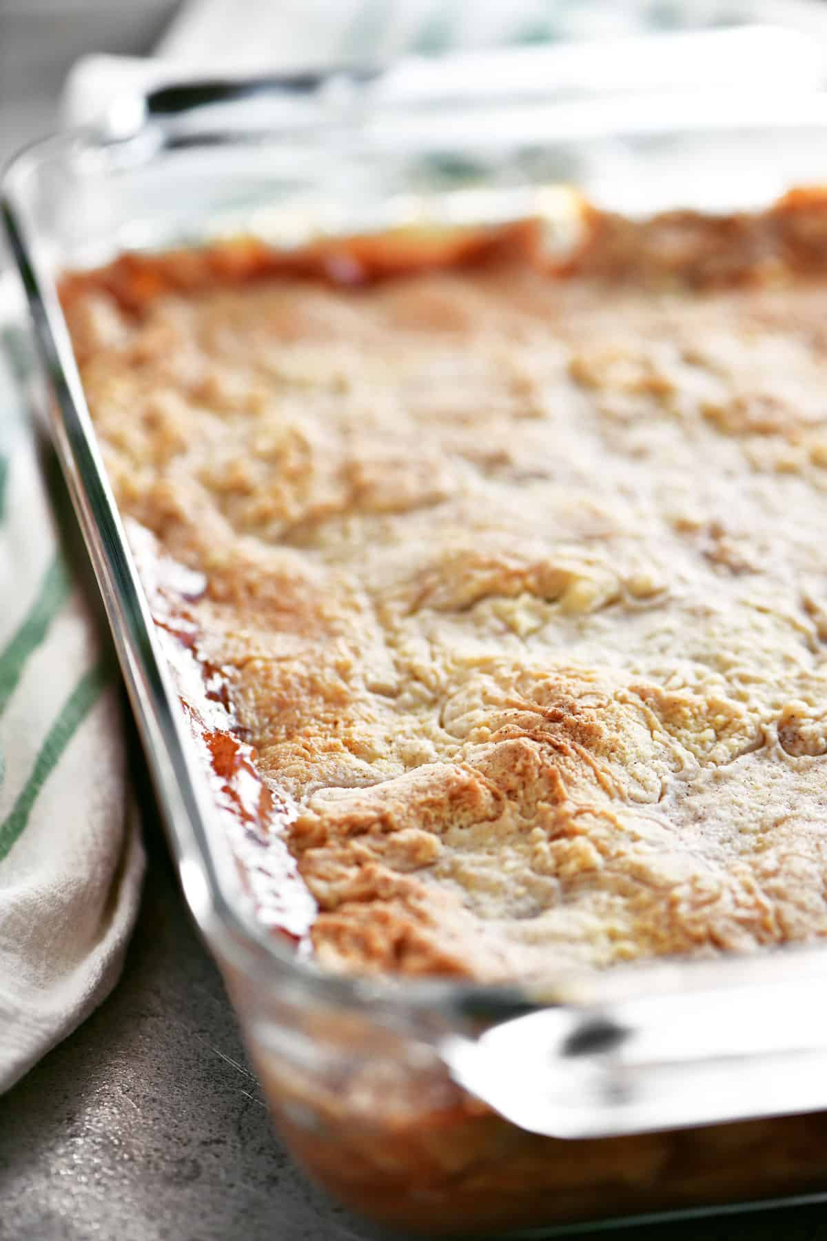 cake mix apple cobbler