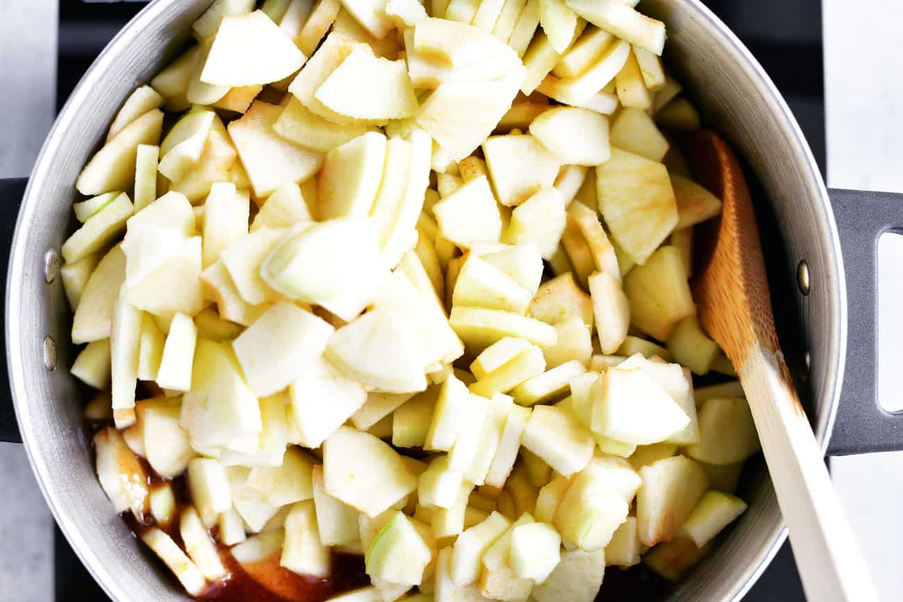 sliced apples in pot