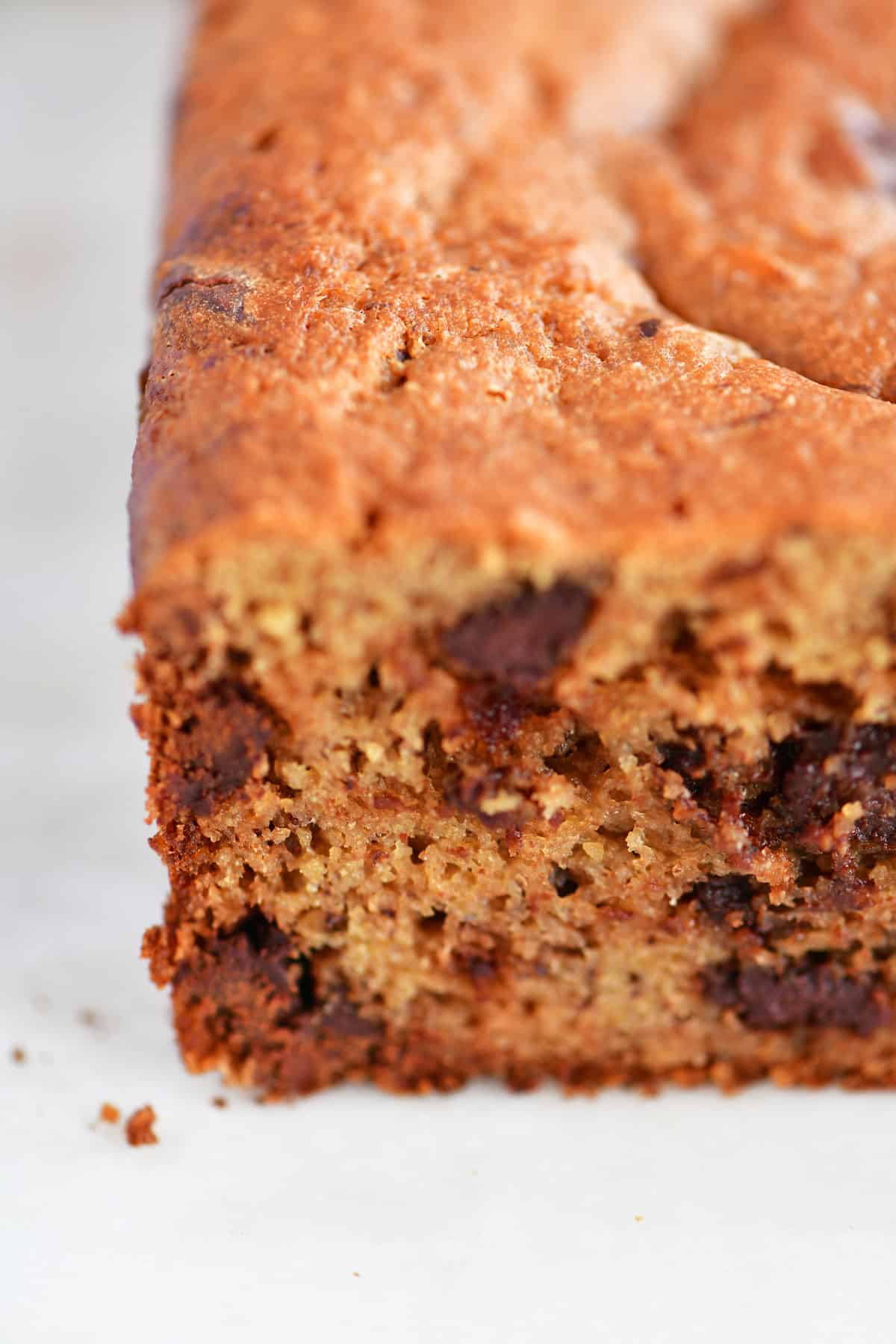 low carb banana bread loaf with chocolate chips