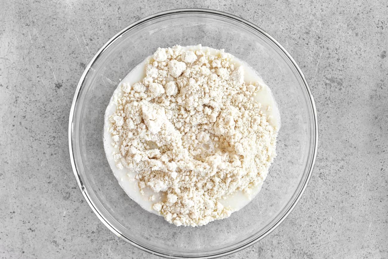 batter ingredients for fried Oreo cookies