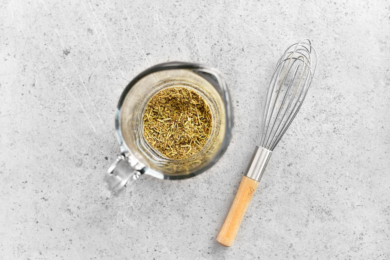 use a whisk to mix the spices evenly