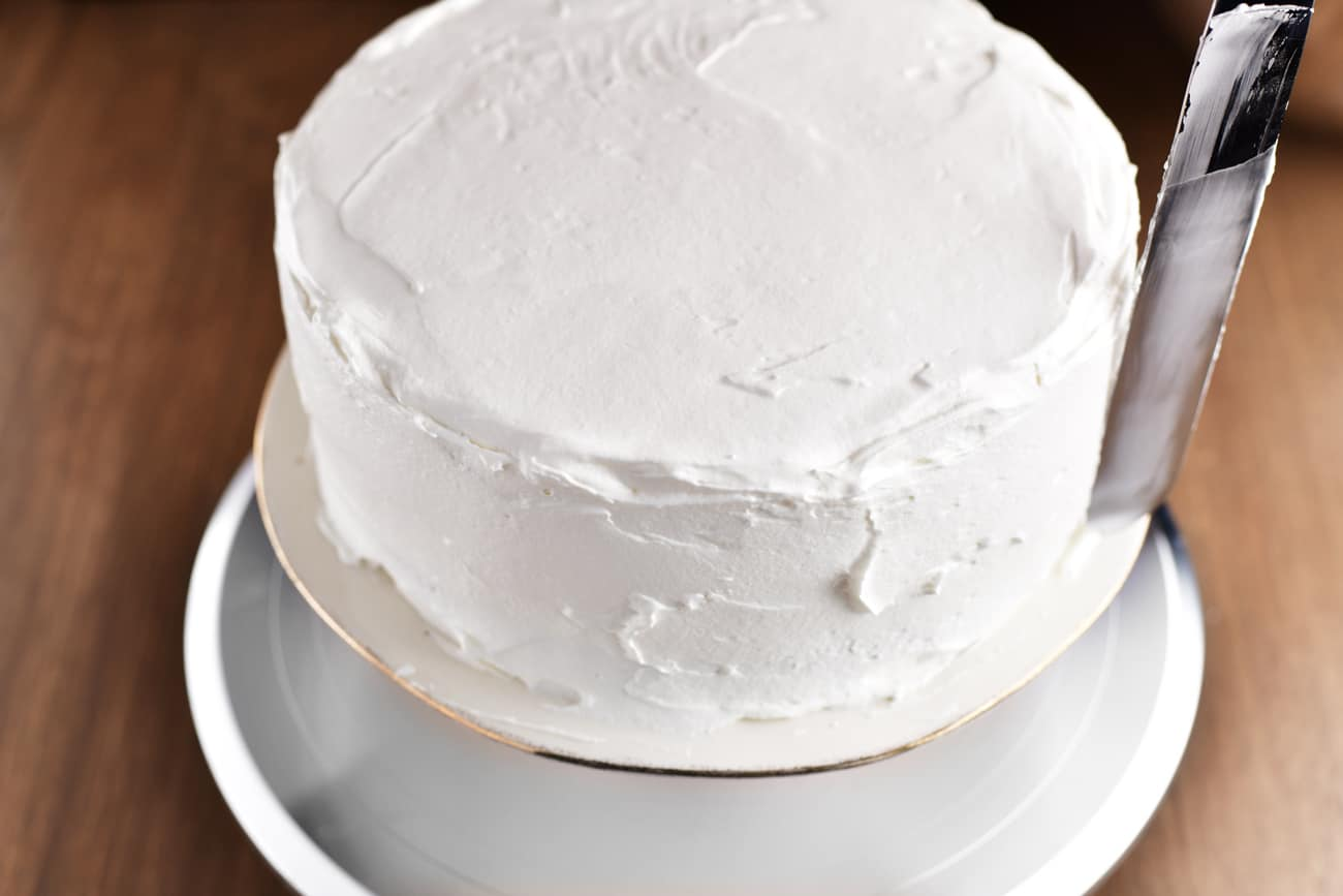 frosting the Christmas Cake