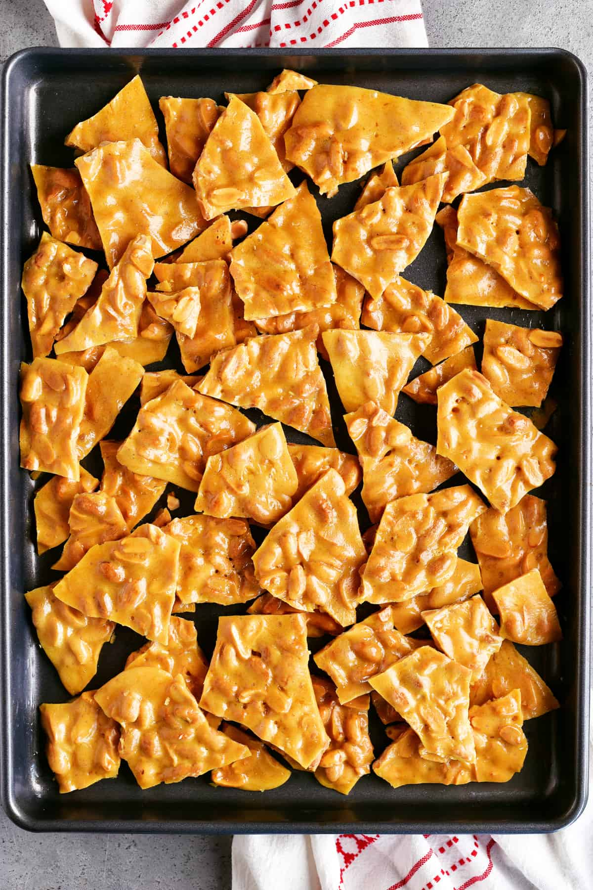 delicious peanut brittle broken into chunks