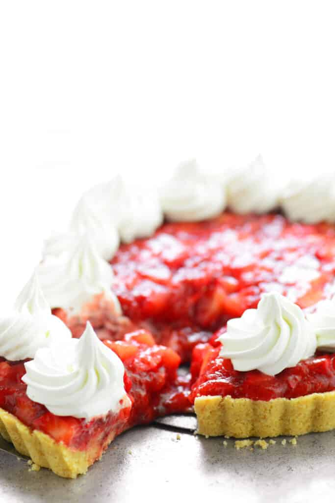 remove slice of strawberry tart pie